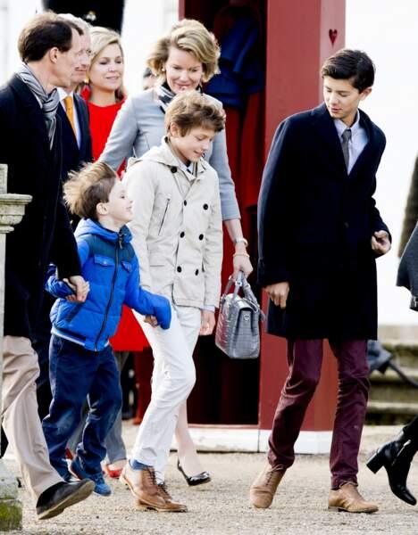 Le prince Joachim de Danemark et ses fils, les princes Nikolai, Felix et Henrik, pour célébrer l'anniversaire (75 ans) de la reine Margrethe II de Danemark, le 16 avril 2015.