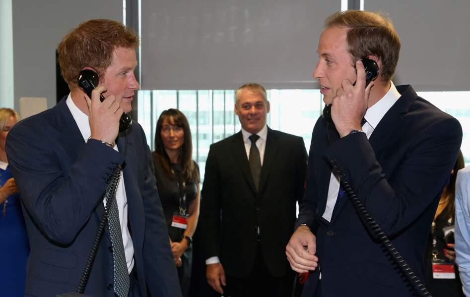 Harry et William participent avec amusement au BGC Charity Day et jouent les traders d'un jour.
