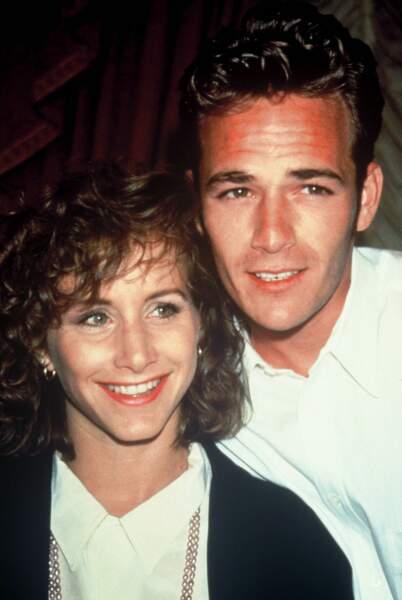 Gabrielle Carteris (ici avec Luke Perry) en 1991