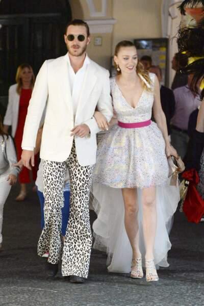 Pierre Casiraghi et sa femme Beatrice Borromeo, déguisés pour une soirée spéciale à Capri, en Italie, le 11 juin 2016.
