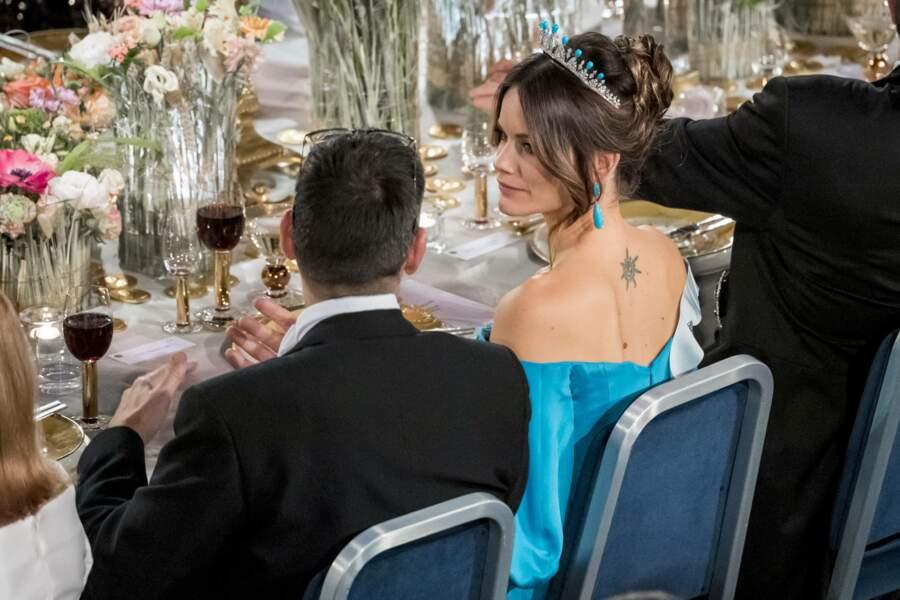 La princesse Sofia de Suède a elle aussi succombé aux charmes du tatouage avec une étoile sur la nuque.