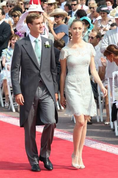 Pierre Casiraghi et Beatrice Borromeo, toujours très élégant au mariage de Charlene et d'Albert de Monaco le 1 juillet 2011.