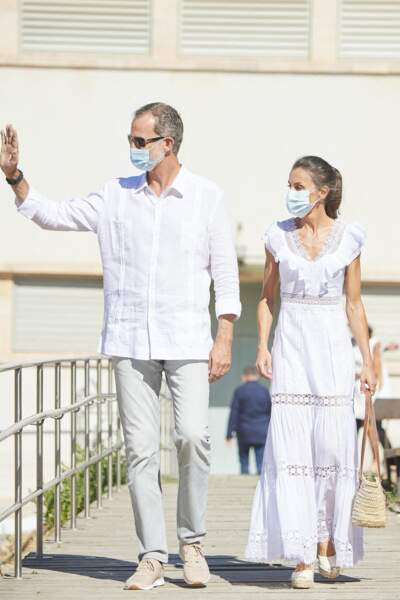 Le roi Felipe VI d'Espagne et la reine Letizia sont allés à la Nécropole punique de Puig des Molins, à Ibiza le 17 août 2020.