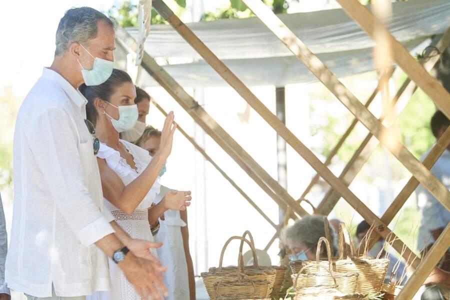 En plein exil de Juan Carlos, Felipe VI et Letizia tentent de faire bonne figure à Ibiza, le 17 août 2020.