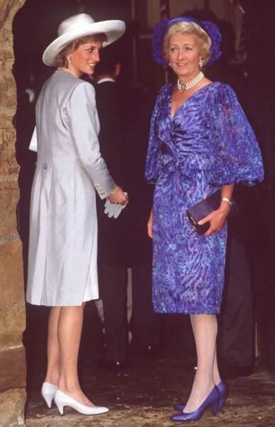 Lady Di et sa mère, Frances Ruth Burke-Roche