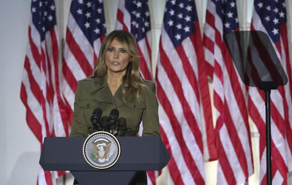 Melania Trump a endossé une tenue de guerrière des temps modernes pour son discours lors de la convention républicaine.