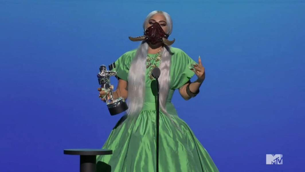 Lady Gaga en robe Christopher John Rogers