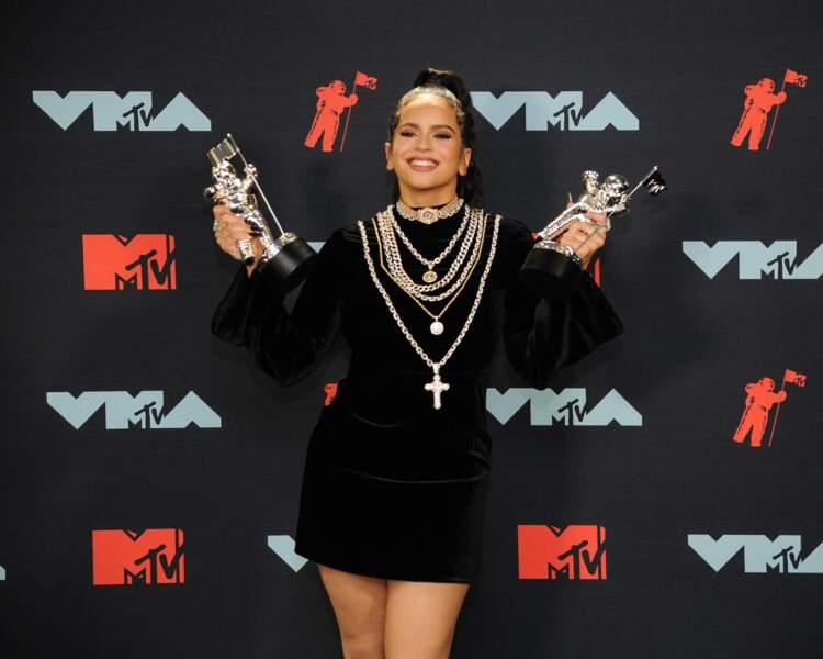 La chanteuse Rosalia à la remise de prix de la cérémonie des MTV Video Music Awards (MTV VMA's) à Newark dans le New Jersey