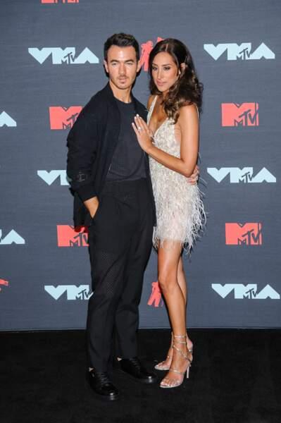 Kevin Jonas et sa femme Danielle Jonas à la remise de prix de la cérémonie des MTV Video Music Awards (MTV VMA's) à Newark dans le New Jersey