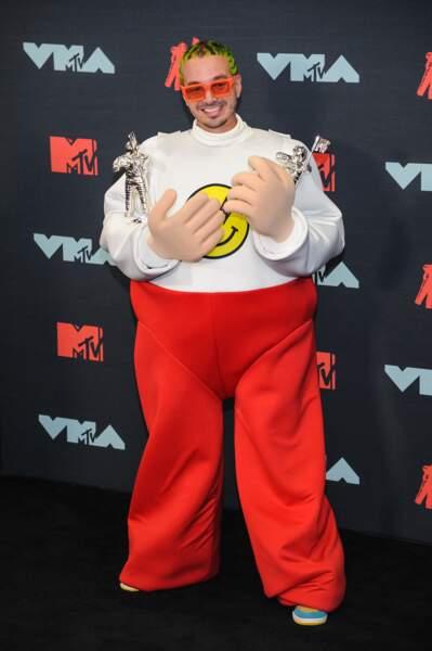J Balvin à la remise de prix de la cérémonie des MTV Video Music Awards (MTV VMA's) à Newark dans le New Jersey