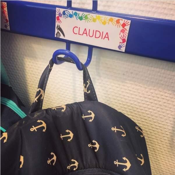 Karine Ferri a dévoilé une photo de la première rentrée scolaire de sa fille Claudia.