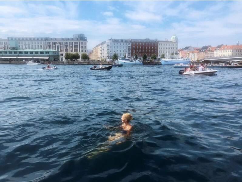 Maria Olympia de Grèce profite de l'été.
