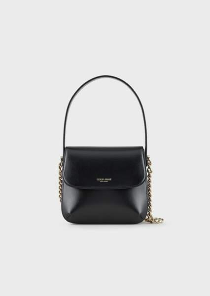 Sac La Prima petit modèle en cuir liégé avec chaîne, 1 550€, Giorgio Armani