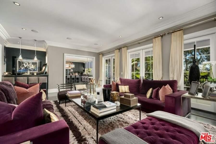 La chérie de Pascal Balland espère vendre sa luxueuse villa pour 15 millions d'euros