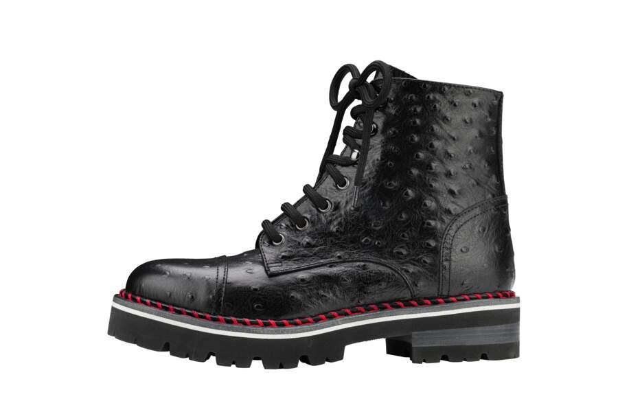 Boots, 415 €, AGL.