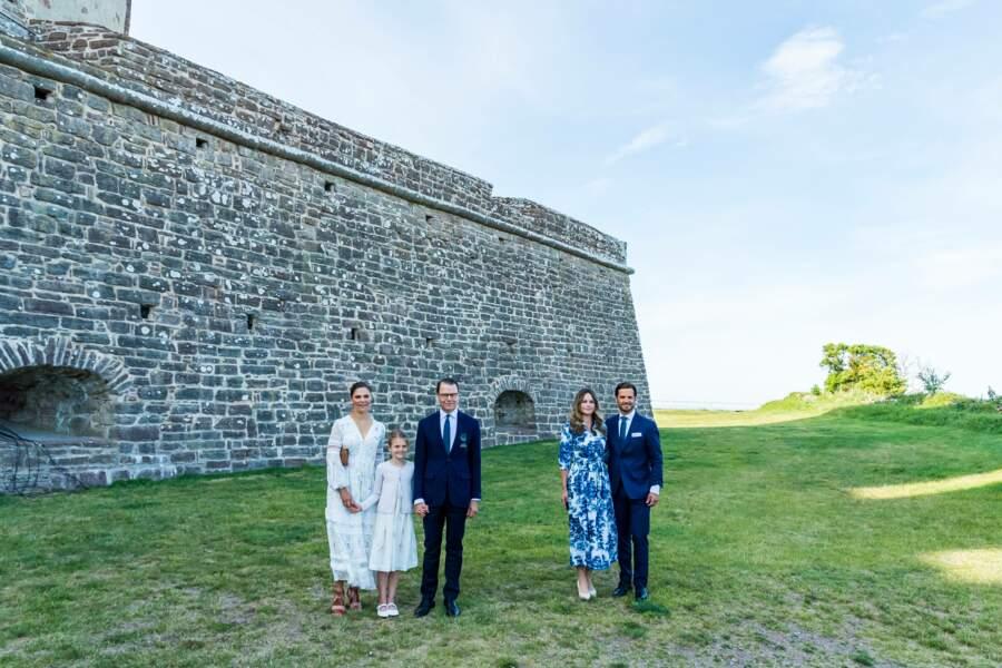 La famille royale de Suède se réunit à l'occasion de l'anniversaire de la princesse Victoria, le 14 juillet à Borgholm