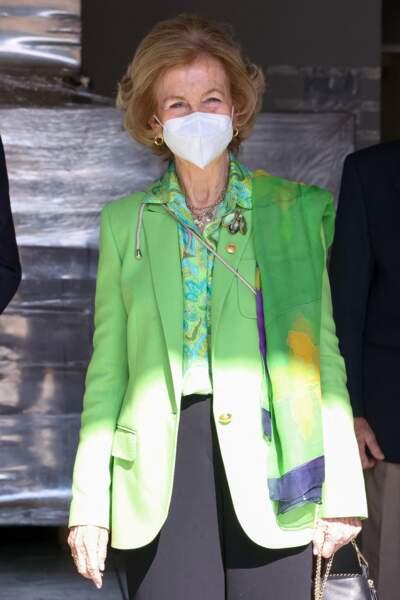 Pour cette nouvelle visite, la reine Sofia a choisi une tenue symbolique