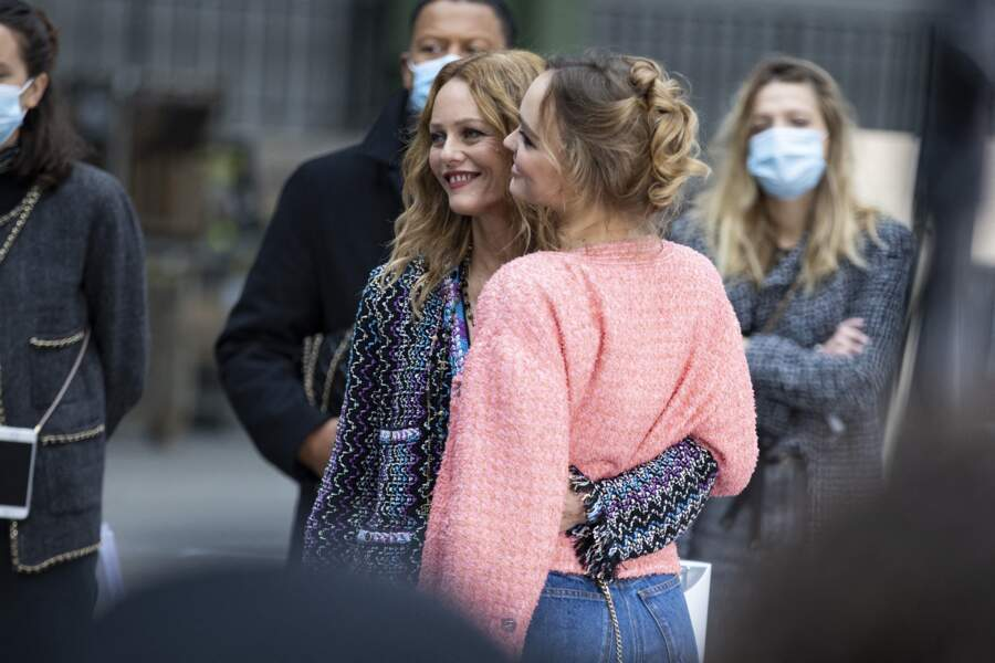 Vanessa Paradis et sa fille Lily Rose Depp, tendres et complices