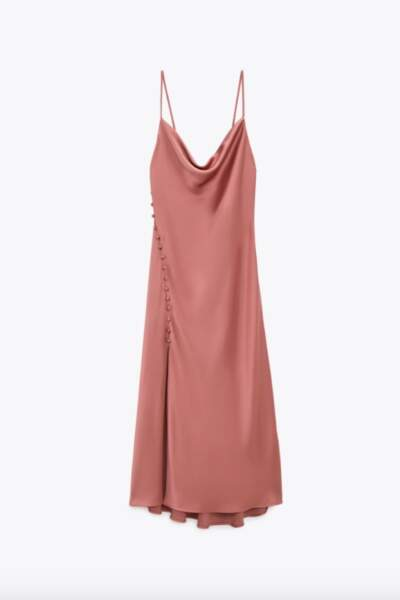 Robe nuisette style lingerie satinée, 29€99, Zara
