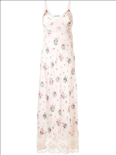 Robe-nuisette à fleurs, 1472€, Paco Rabanne sur farfetch.com