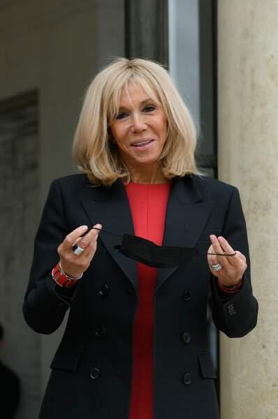 Au lendemain de l'annonce du décès de son ex-mari, André-Louis Auzière, Brigitte Macron a reçu la Première dame mexicaine Beatriz Gutiérrez Müller, ce 8 octobre, à l'Elysée.