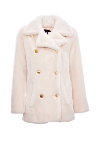 Manteau rose poudré en fausse fourure, 400€, La Seine & Moi