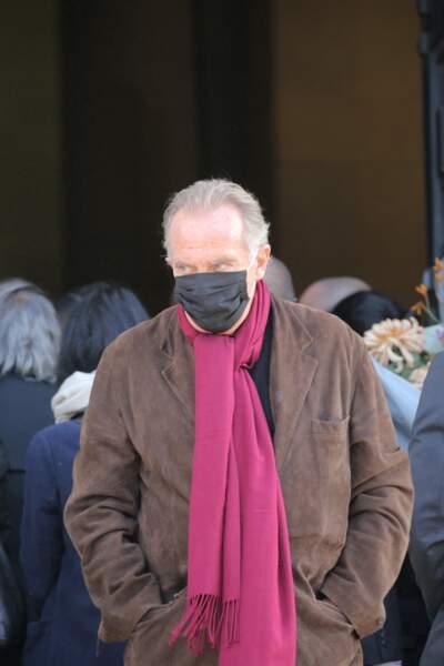 L'humoriste Yves Lecoq, aux funérailles de Kenzo Takada au cimetière du Père Lachaise, à Paris, ce 9 octobre.