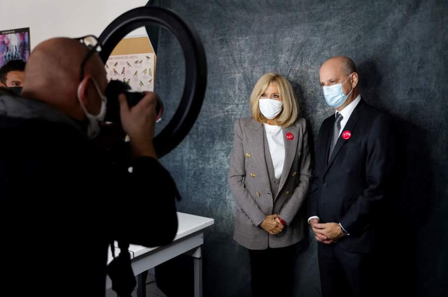 Brigitte Macron prend la pose