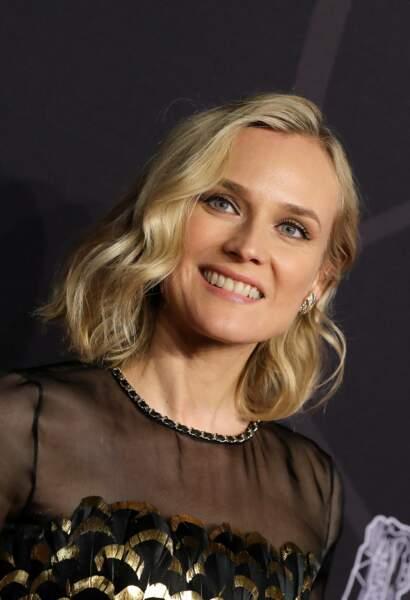 """Diane Kruger le carré """"one shoulder"""""""