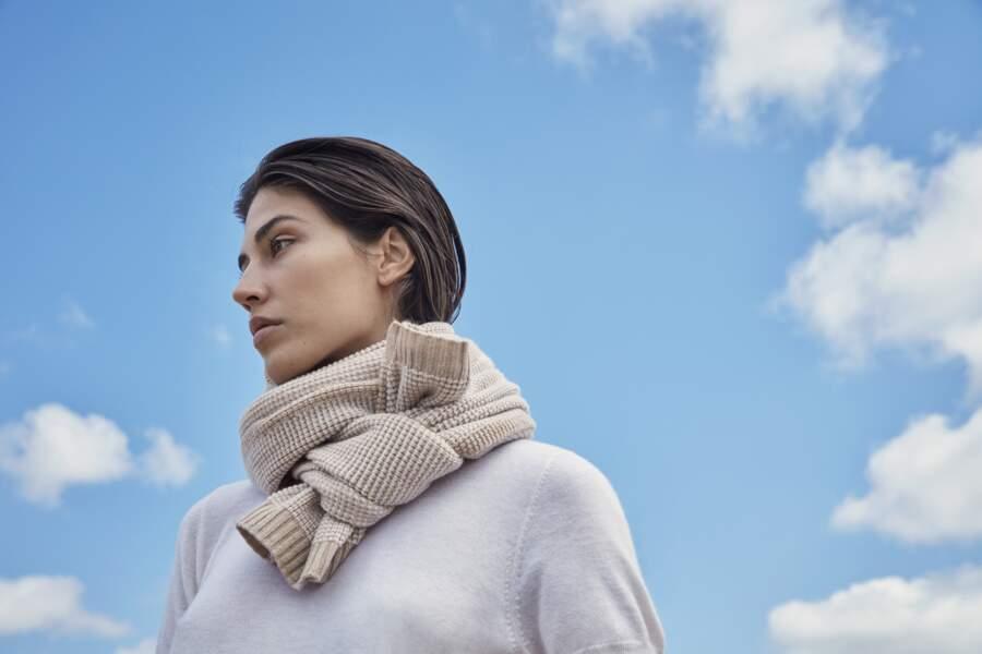 Etole Matinée en cachemire et laine, 390 €