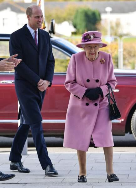 La reine Elizabeth II a choisi de faire cette visite au côté de son petit-fils, le prince William