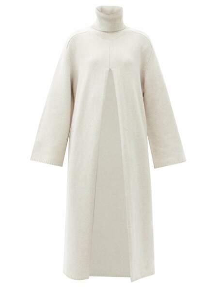 Robe pull en laine à fente Viviane, 475€, Joseph R
