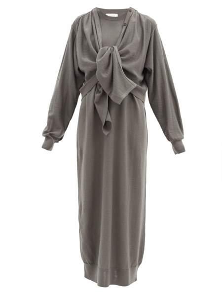 Robe cardigan en laine mélangée, 485€, Lemaire