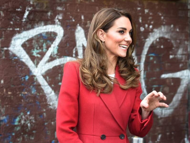 Kate Middleton radieuse dans les rues de Londres