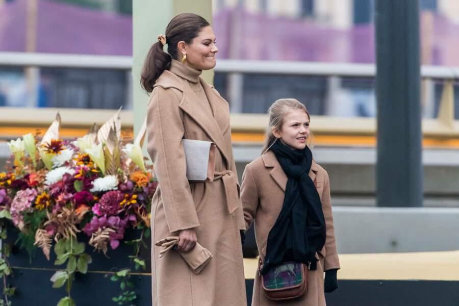 La princesse Victoria de Suède et sa fille la princesse Estelle inaugurent le pont Slussbron à Stockholm