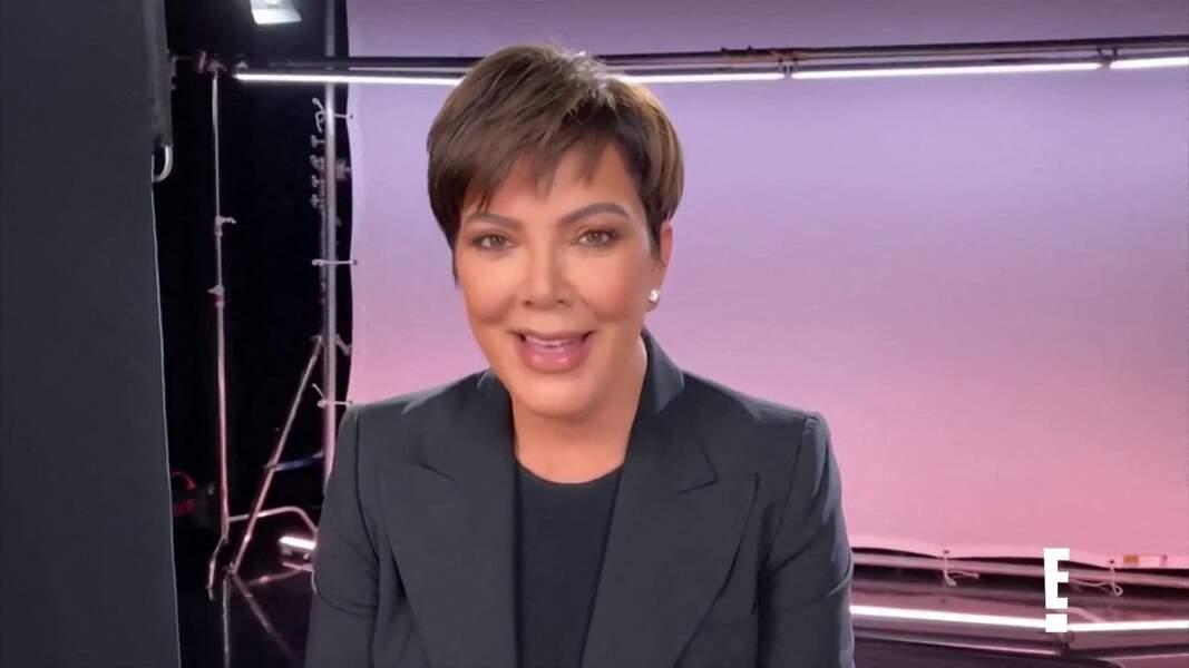 Autre style, autre femme mais même choix capillaire pour Kris Jenner. Le hacked bob remporte tous les suffrages aux Etats-Unis.