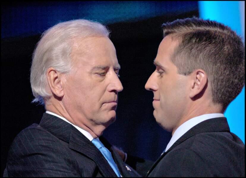 Joe Biden, et son fils Beau, décédé en 2015, lors d'une convention démocrate à Denver, en 2008.