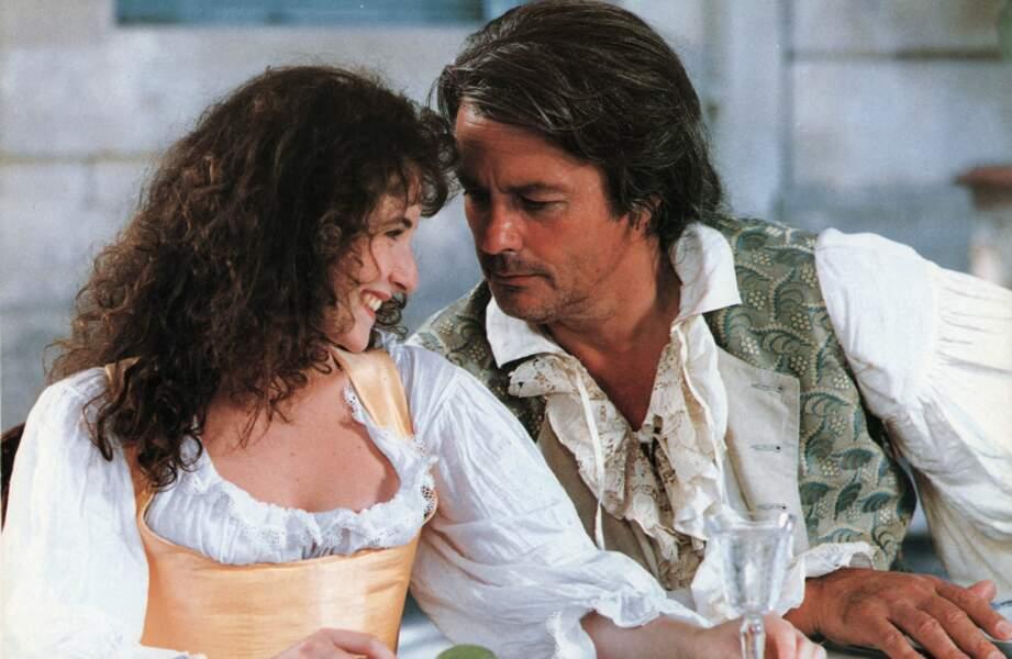 Elsa Lunghini et Alain Delon sur le tournage du film Le retour de Casanova en 1992.