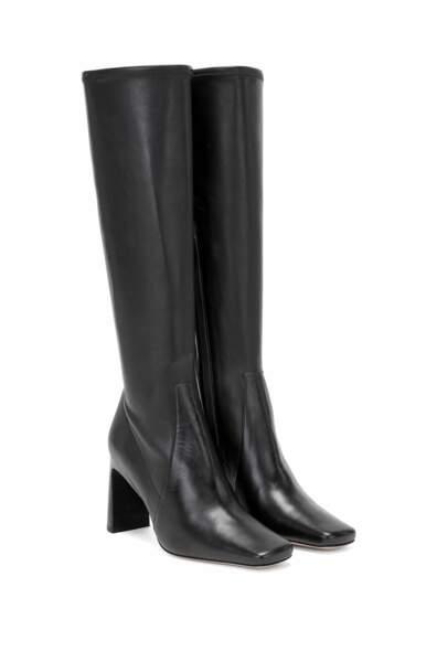 Bottes en cuir italien hauteur genoux à bout carré, 699€, Hugo Boss et Caro Daur
