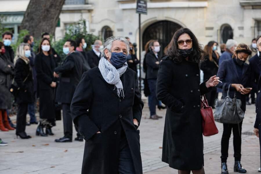 Richard Anconina à son arrivée aux obsèques du producteur Cyril Colbeau-Justin, célébrée à la basilique Saint-Clotilde, ce jeudi 12 novembre.