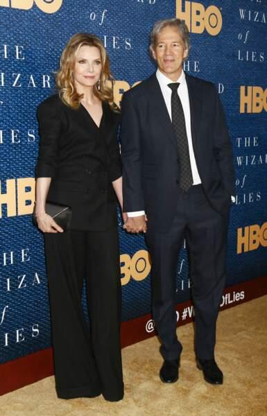 Michelle Pfeiffer et son époux, David E.Kelley, à la première du film ''The Wizard of Lies' à New York, le 11 mai 2017.