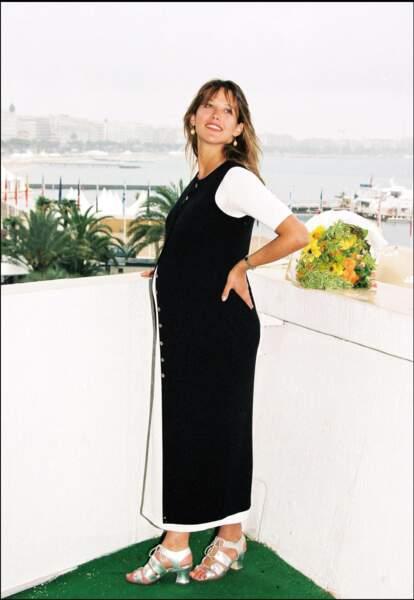 En 1995, enceinte, Sophie Marceau fait sensation au Festival de Cannes