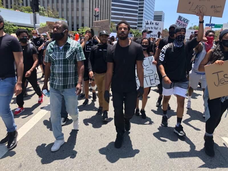 Michael B.Jordan participe à une manifestation lors du mouvement Black Lives Matter en hommage à George Floyd et contre les violences policières à Beverly Hills, le 6 juin 2020