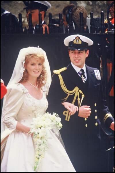 """Sarah Ferguson et le prince Andrew se disent """"oui"""" le 23 juillet 1986, avant de divorcer en 1996"""