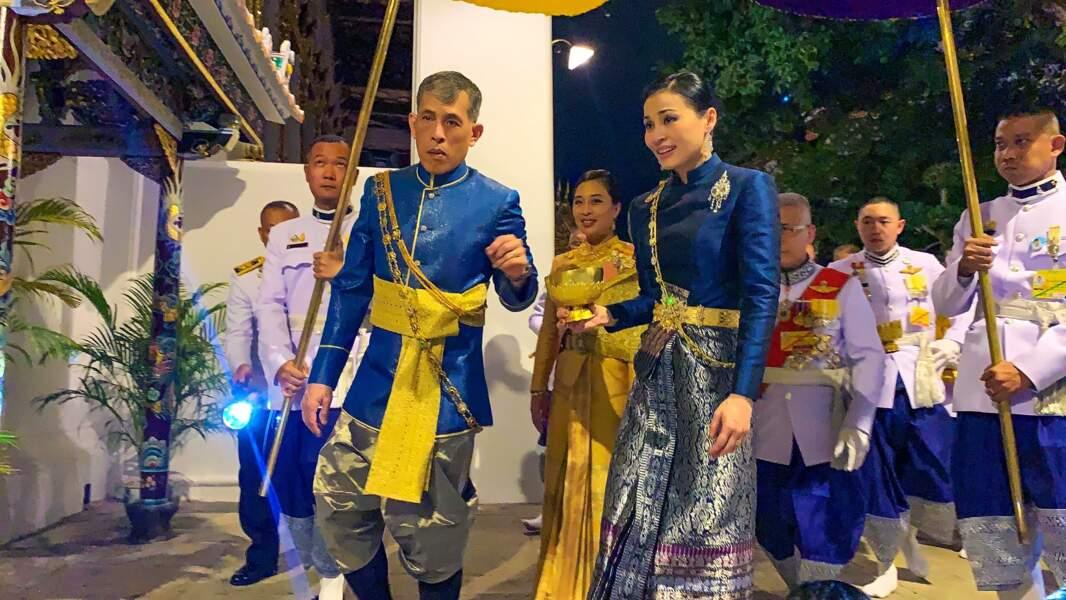 Le 1er mai 2019, trois jours avant son couronnement, Rama X a épousé en quatrième noces la reine Suthida, une ancienne hôtesse de l'air pour la compagnie aérienne nationale Thai Airways rencontrée en 2007.