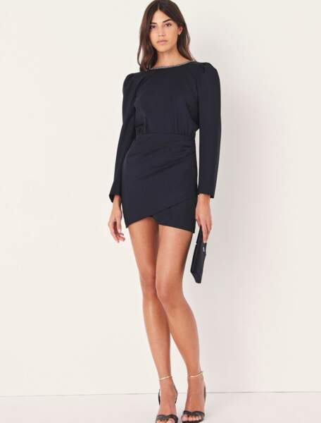 Robe Miroir noire décolletée dans le dos, 390 €, Ba&Sh.