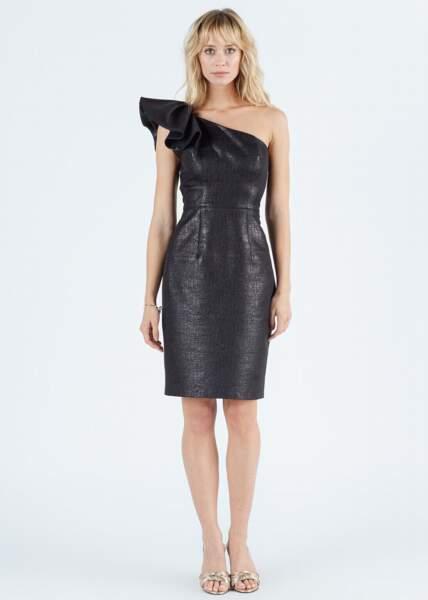 Robe Francesca noire enduite asymétrique, 99 €, Sinequanone.