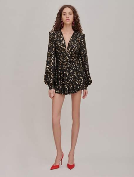 Robe noire à étoiles dorées, 1 240 €, The Attico.