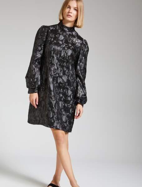 Robe Shine Bright noire brillante, 388 €, Maliparmi.