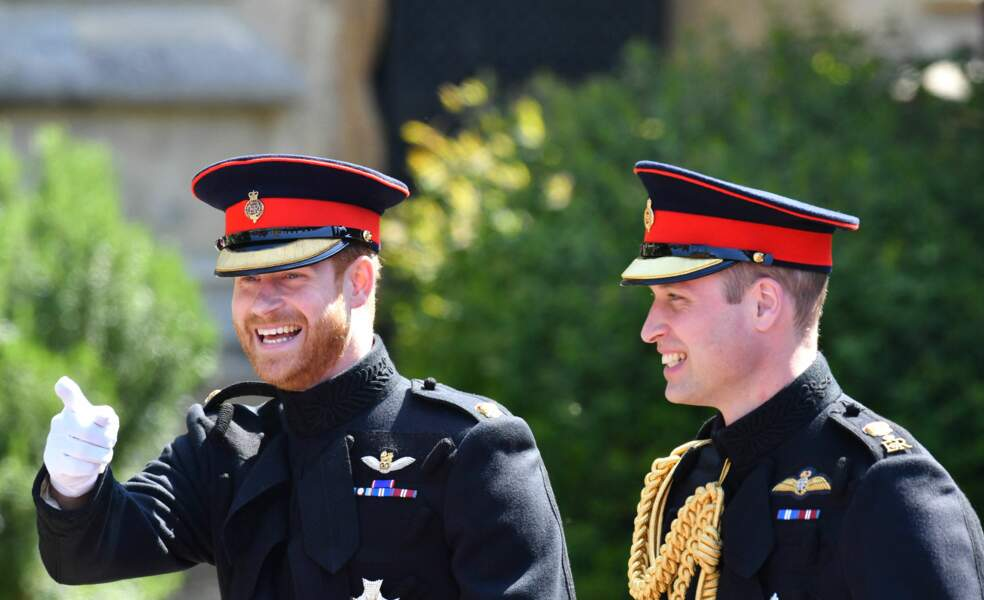 Les princes Harry et William arrivent à la chapelle St. George au château de Windsor pour le mariage du prince Harry et de Meghan Markle, le 19 mai 2018
